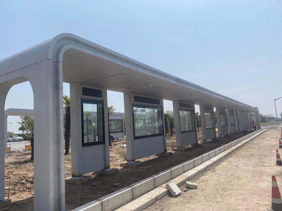 【美城街具】上海T1智能公交站台扩展服务线成功安装实景